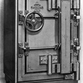 History of safes: invention and development.