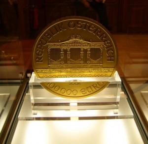 Музей денег Австрии.  Один из экспонатов музея.