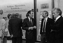 май 1992 г. 142-я выставка. Справа налево: Тиль Кроха, Томас Лаутс, Инго Эльгеринг