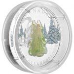 Монета «Заснеженная ель» – гармония серебра и стекла